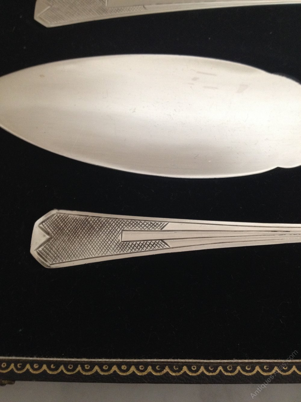 Art Deco Cake Slice : Antiques Atlas - Silver Plated Serving Spoon And Cake ...