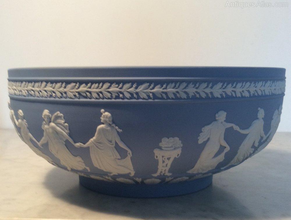 Antiques Atlas Wedgwood Jasperware 10 Quot Bowl