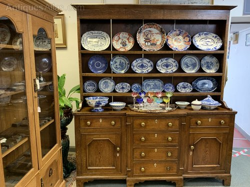 Early 1800s solid oak Welsh dresser