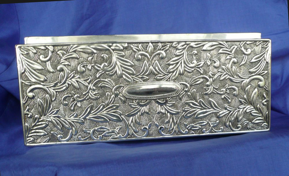 how to clean a plated silver jewllery box