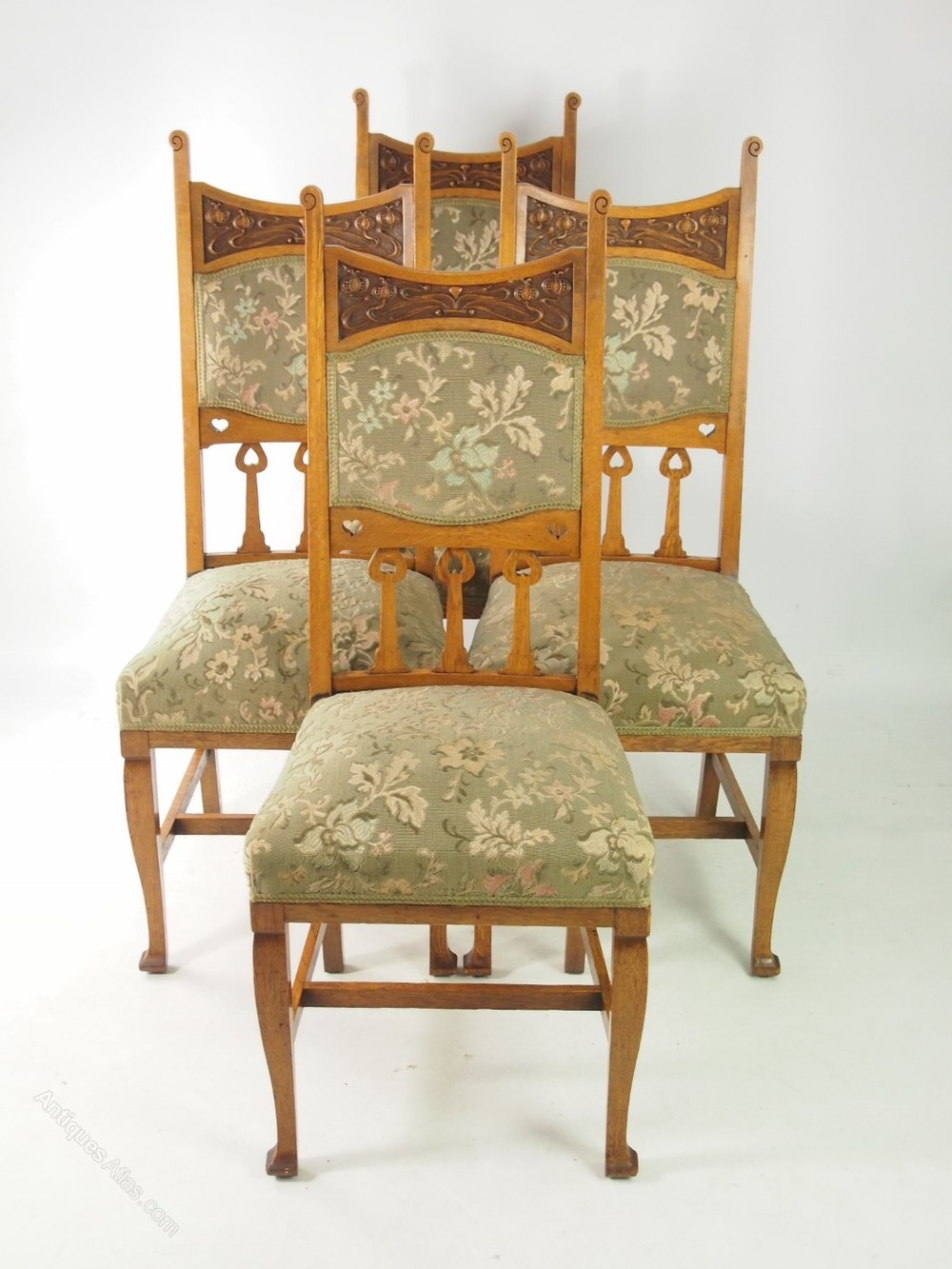 Set 4 Edwardian Oak Arts Crafts Chairs With Stamp