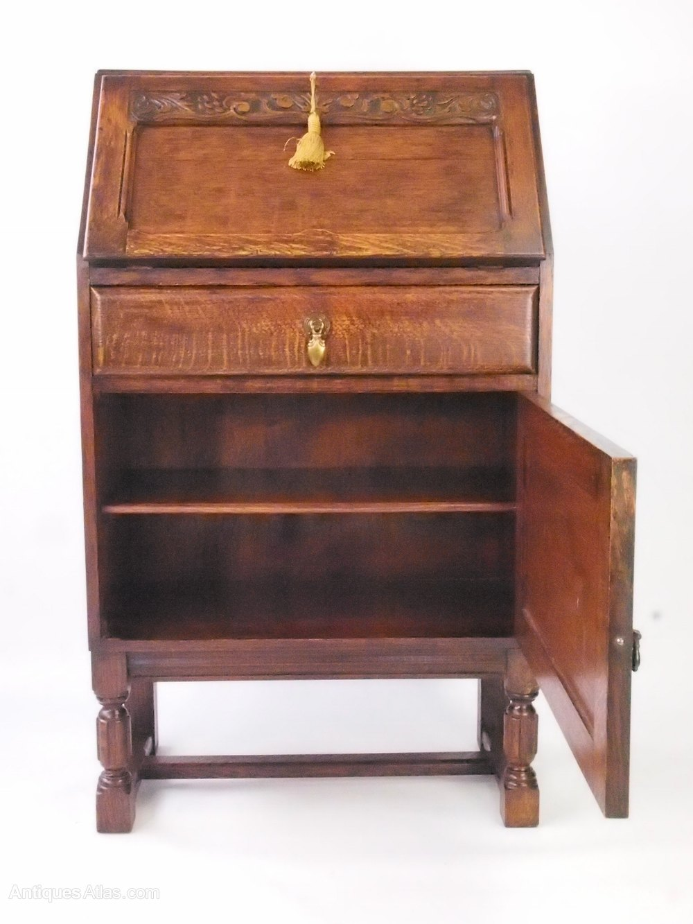 small oak bureau writing desk antiques atlas. Black Bedroom Furniture Sets. Home Design Ideas