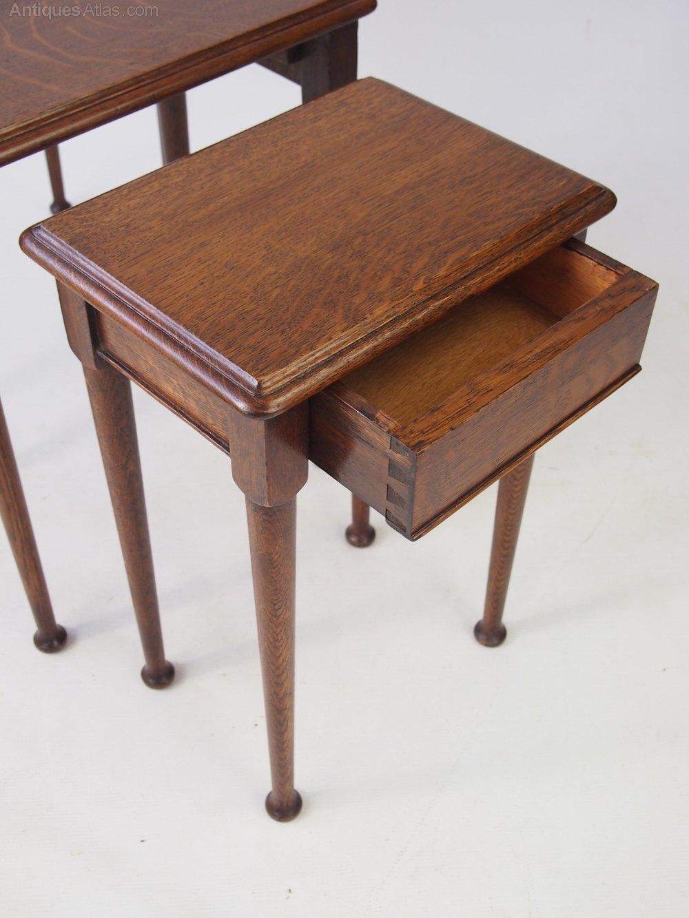 vintage oak nest of tables antiques atlas. Black Bedroom Furniture Sets. Home Design Ideas