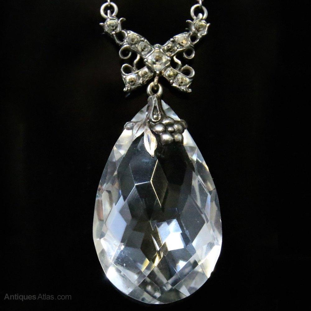 vintage crystal pendant jpg 1152x768