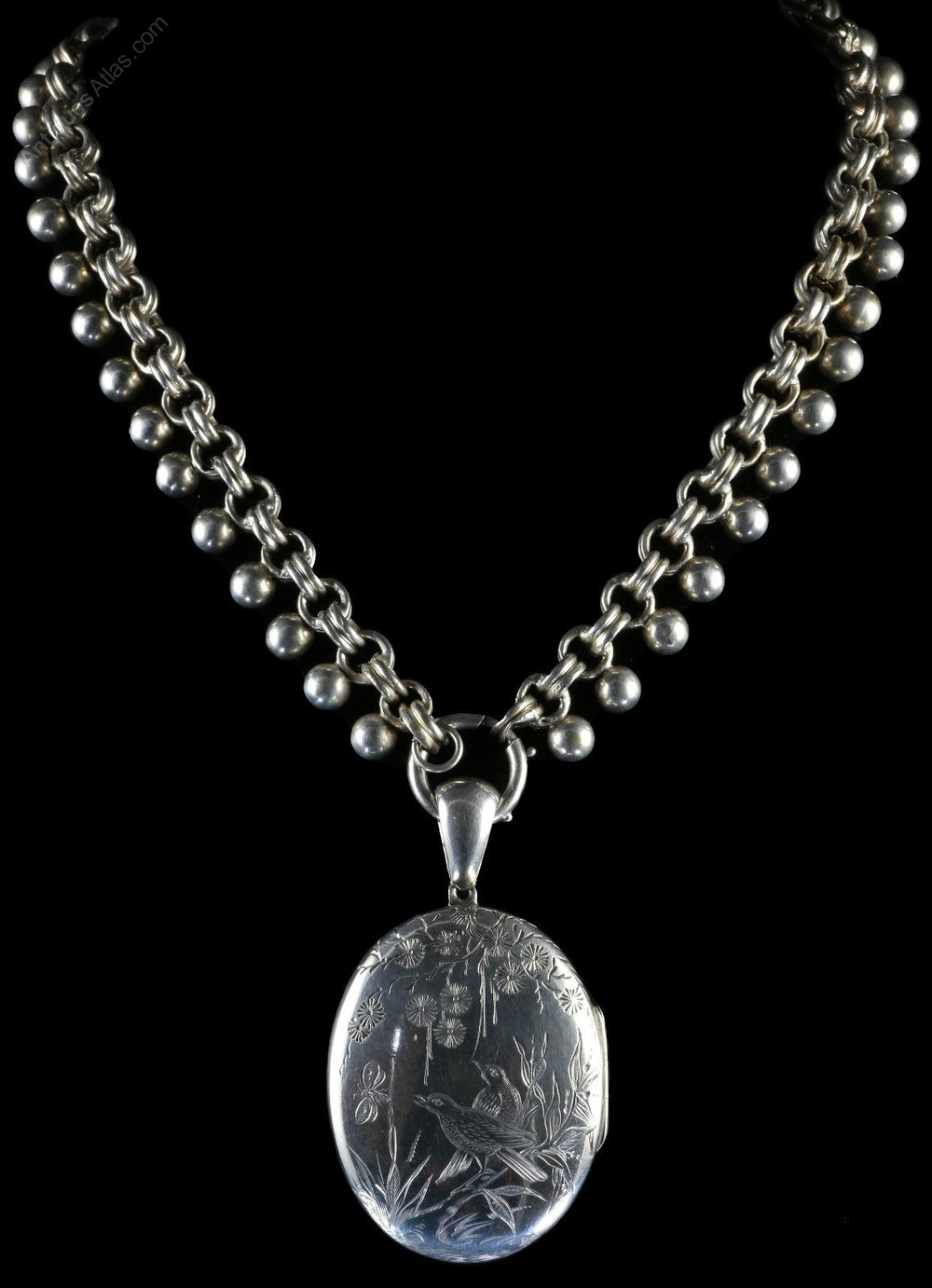Antiques Atlas - Antique Victorian Silver Locket