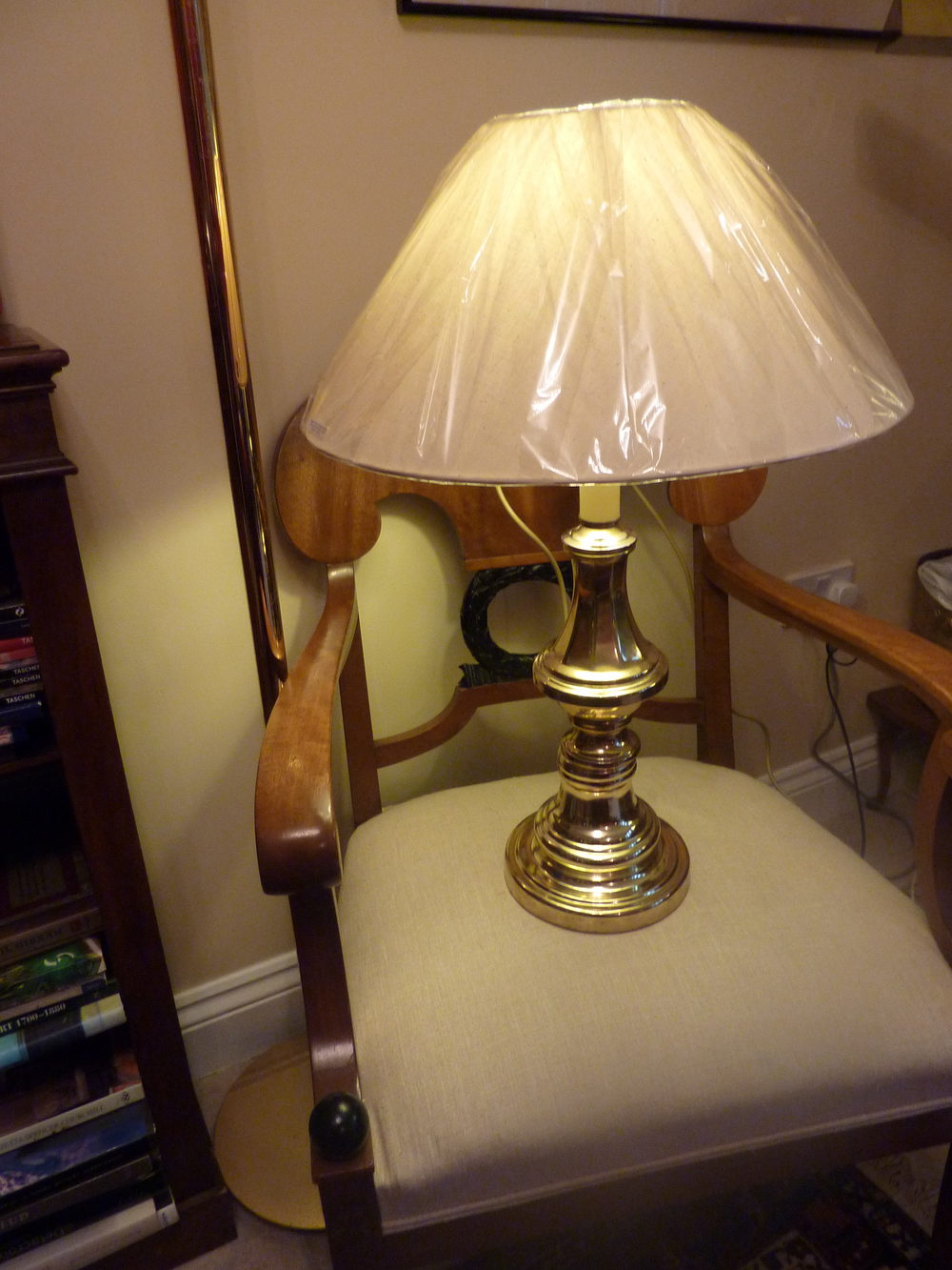 Antiques Atlas 1940 S Tall Brass And Bakelite Table Lamp