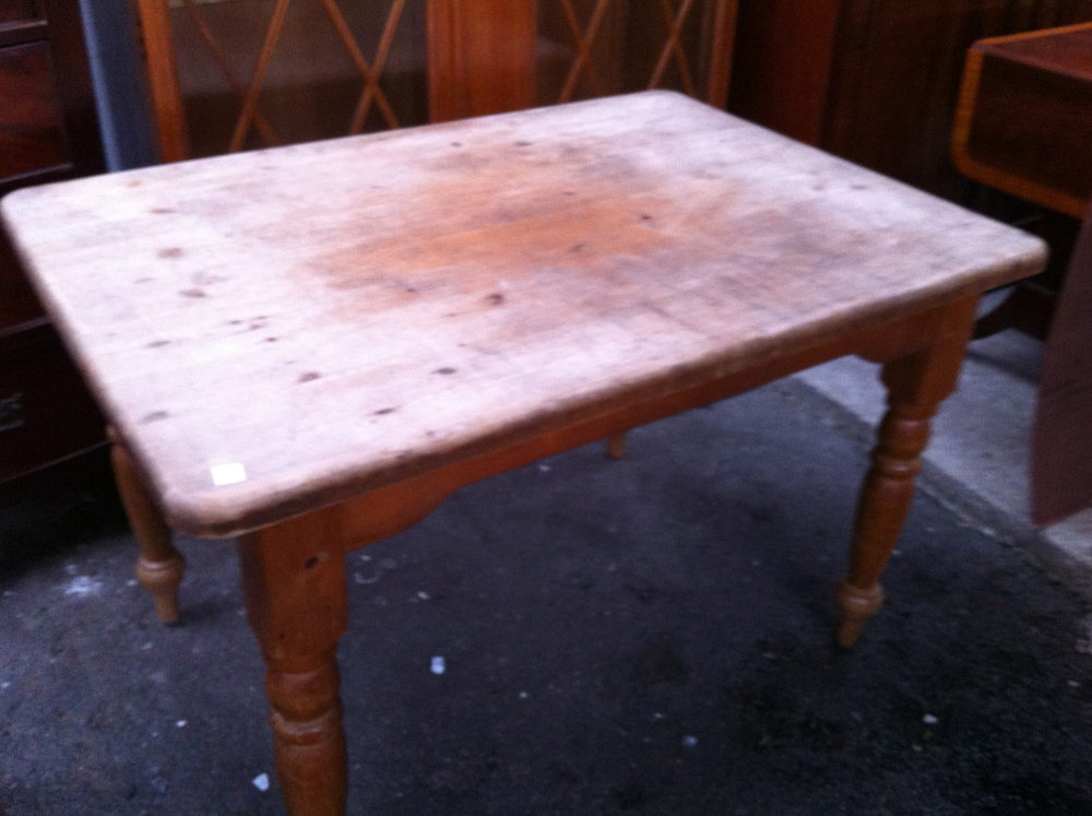 Antique French Farmhouse Table In Pine Antiques Atlas