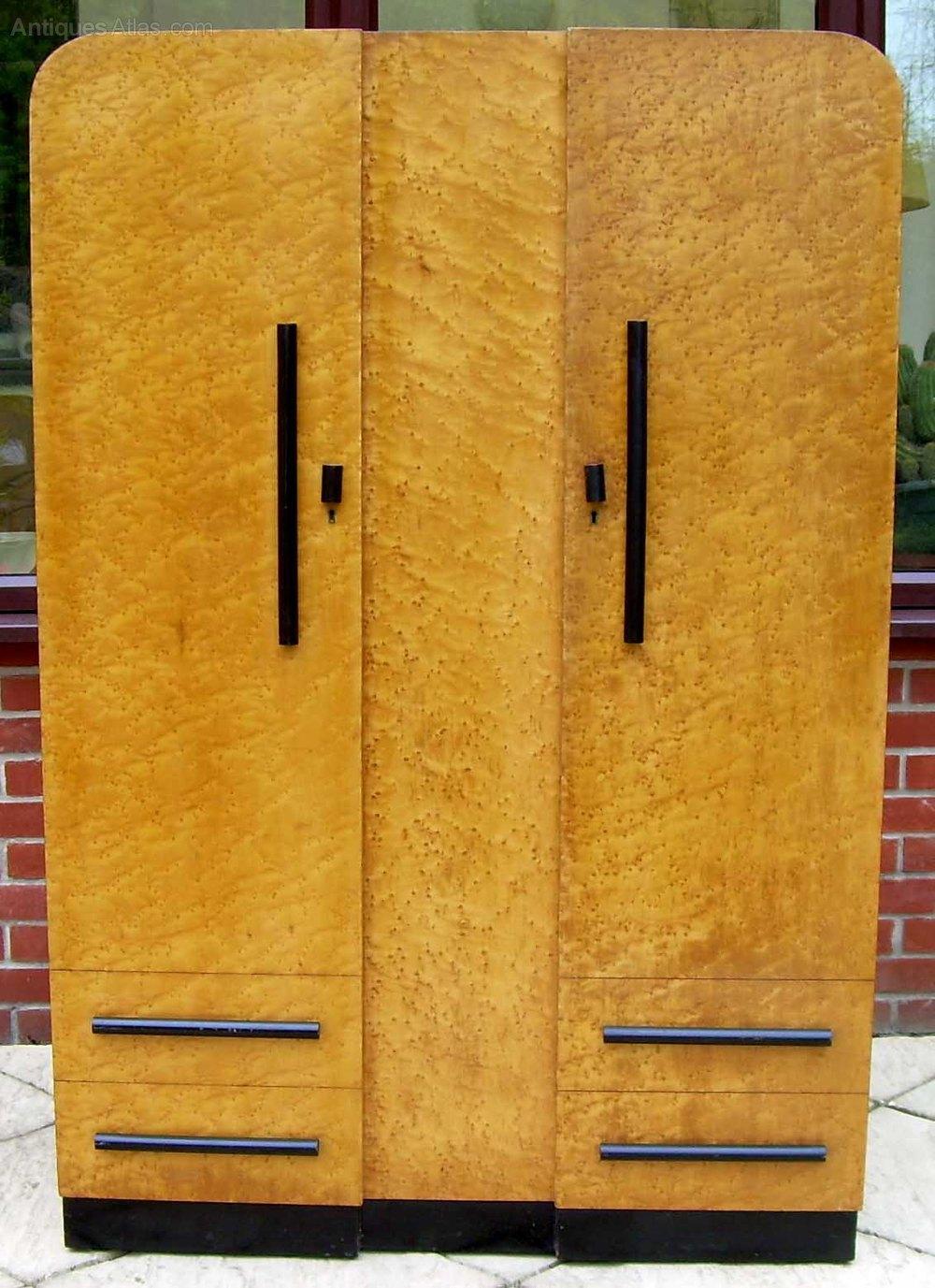 A Bird S Eye Maple 2 Door Wardrobe Antiques Atlas