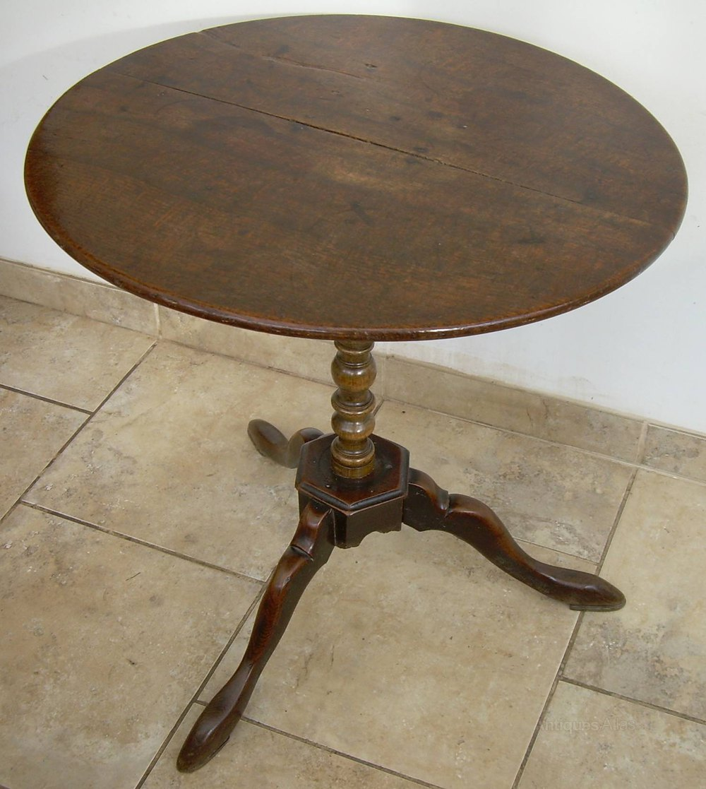 A large oak tripod table antiques atlas - Table basse tripode vintage ...