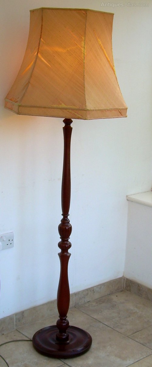 Antiques atlas a mahogany art deco standard lamp for Antique mahogany floor lamp