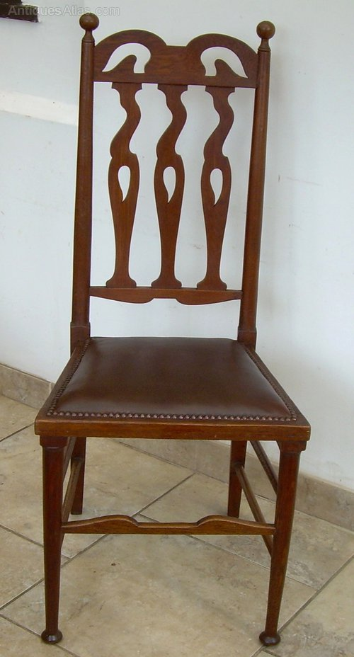 A set of 4 arts crafts dining chairs antiques atlas for Arts and crafts 5 piece dining set