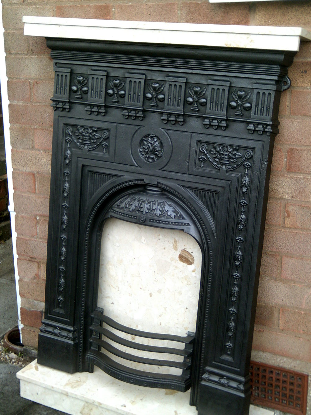 antiques atlas victorian cast iron fireplace