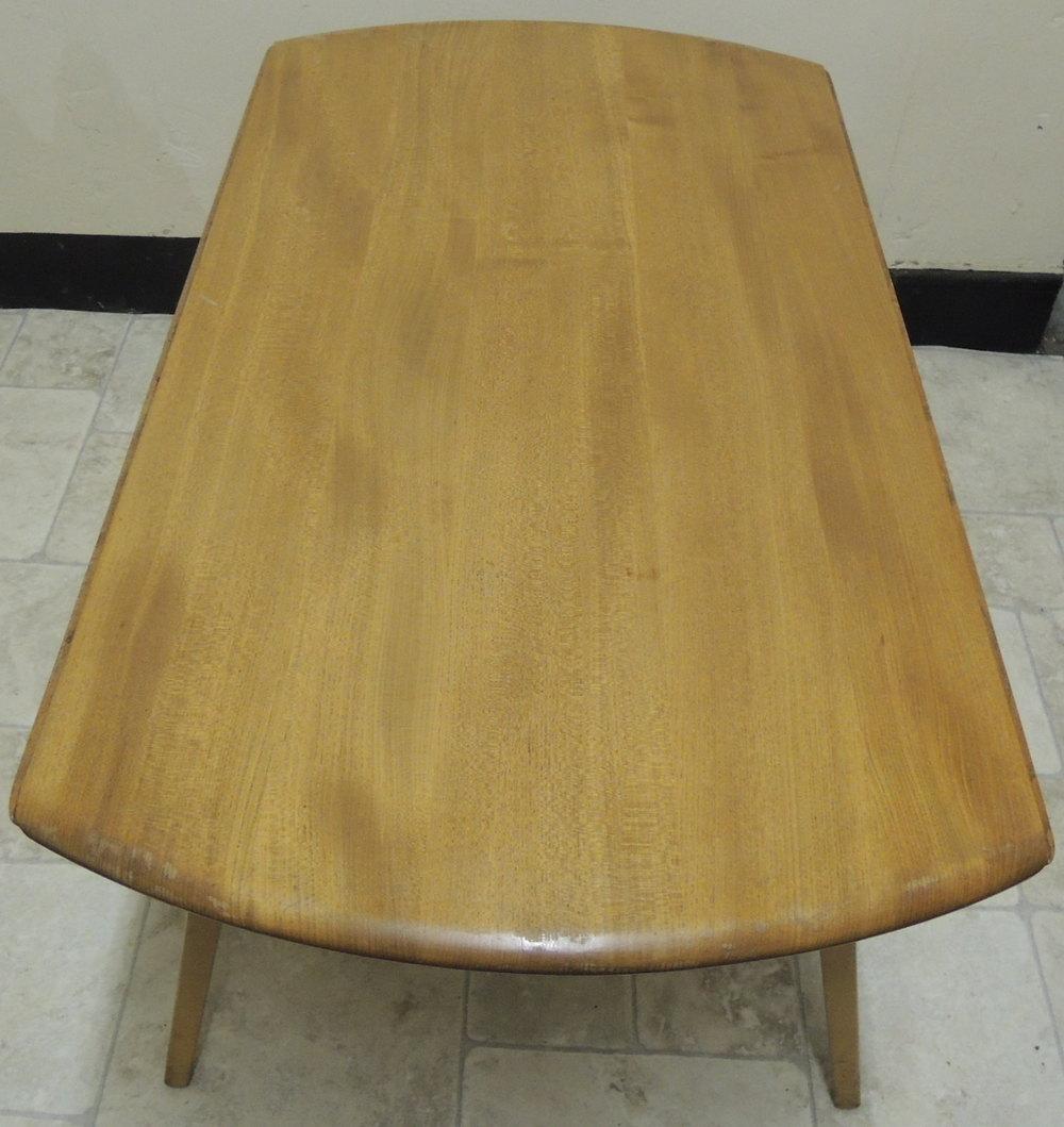 Ercol 820 Windsor Gate Leg Coffee Table