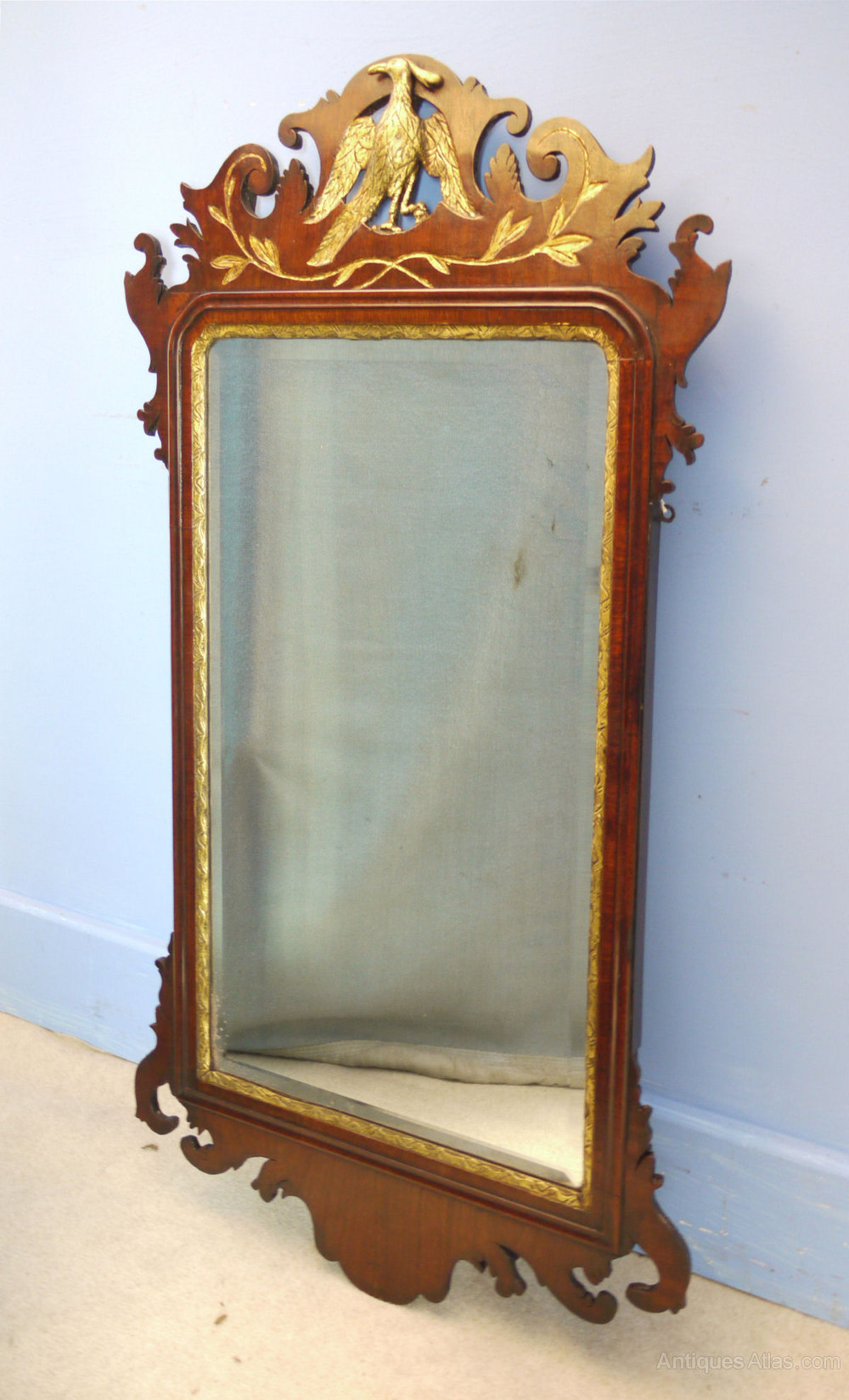 Antiques atlas georgian mahogany and gilt wall mirror for Antique wall mirrors