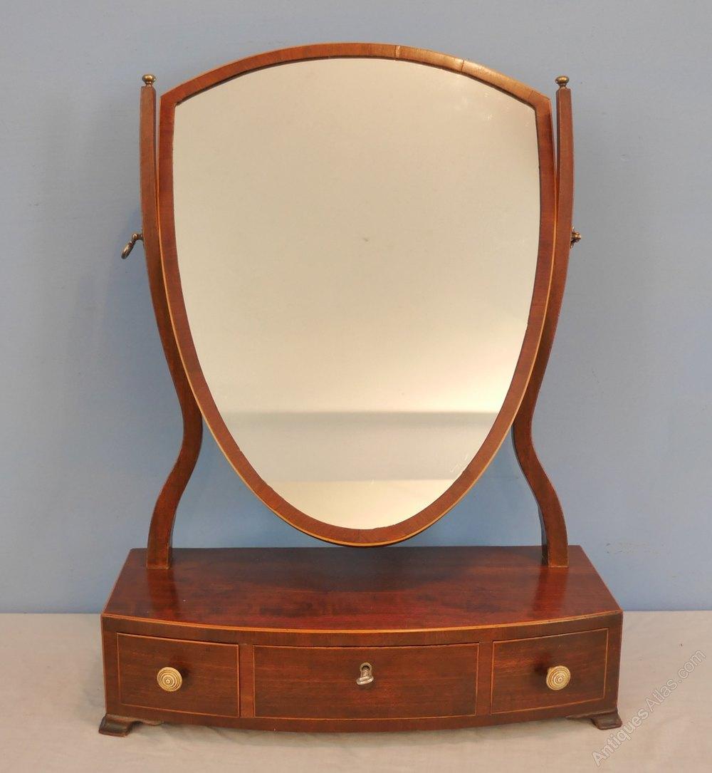 Antiques atlas georgian mahogany dressing mirror for Dressing mirror