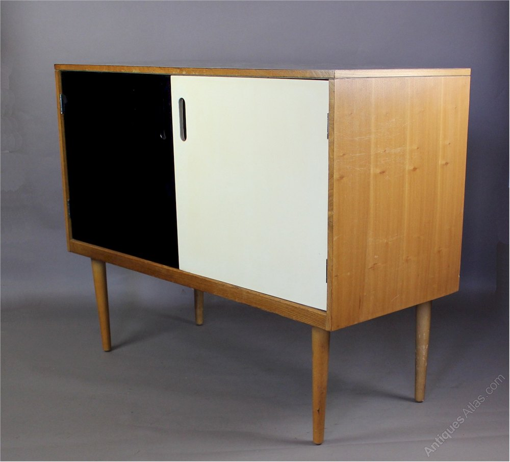 Antiques atlas 1950 39 s mid century formica topped sideboard for Furniture 1950