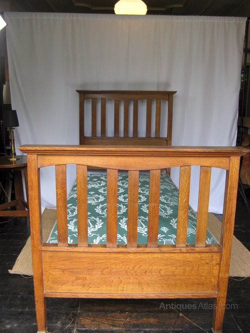 Ambrose Heal Arts And Crafts Bed In Oak Antiques Atlas