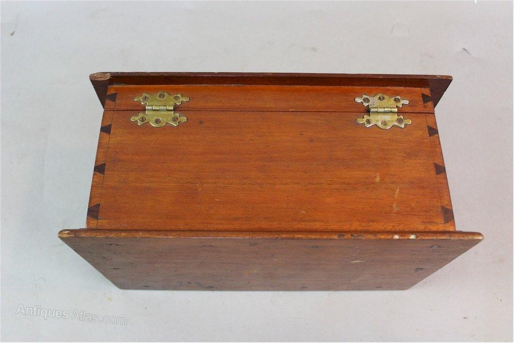 antiques atlas arts and crafts mahogany casket box c1910. Black Bedroom Furniture Sets. Home Design Ideas