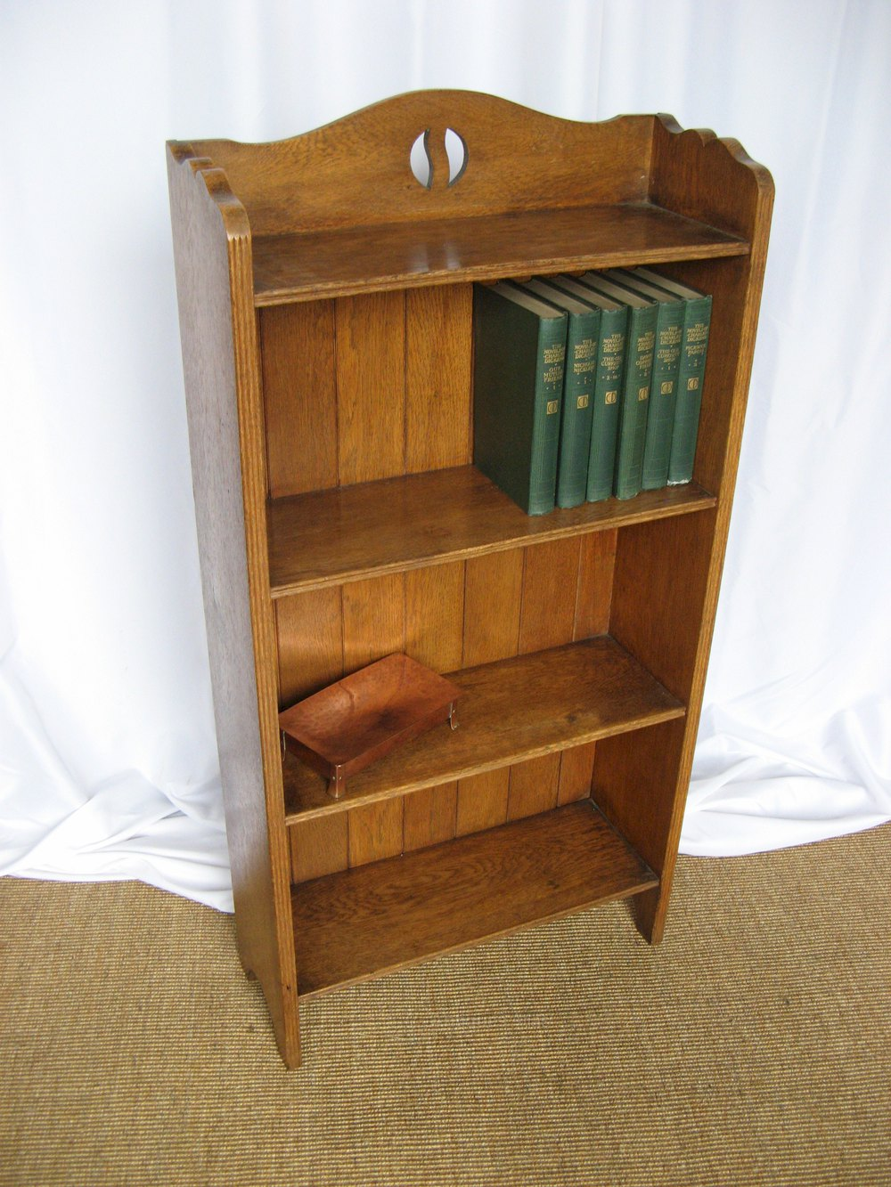arts and crafts period open oak bookcase antiques atlas. Black Bedroom Furniture Sets. Home Design Ideas
