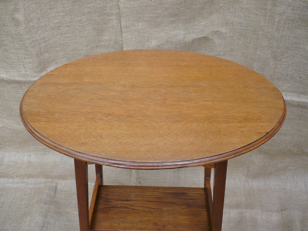 Arts and crafts oval top side table antiques atlas for Arts and crafts side table