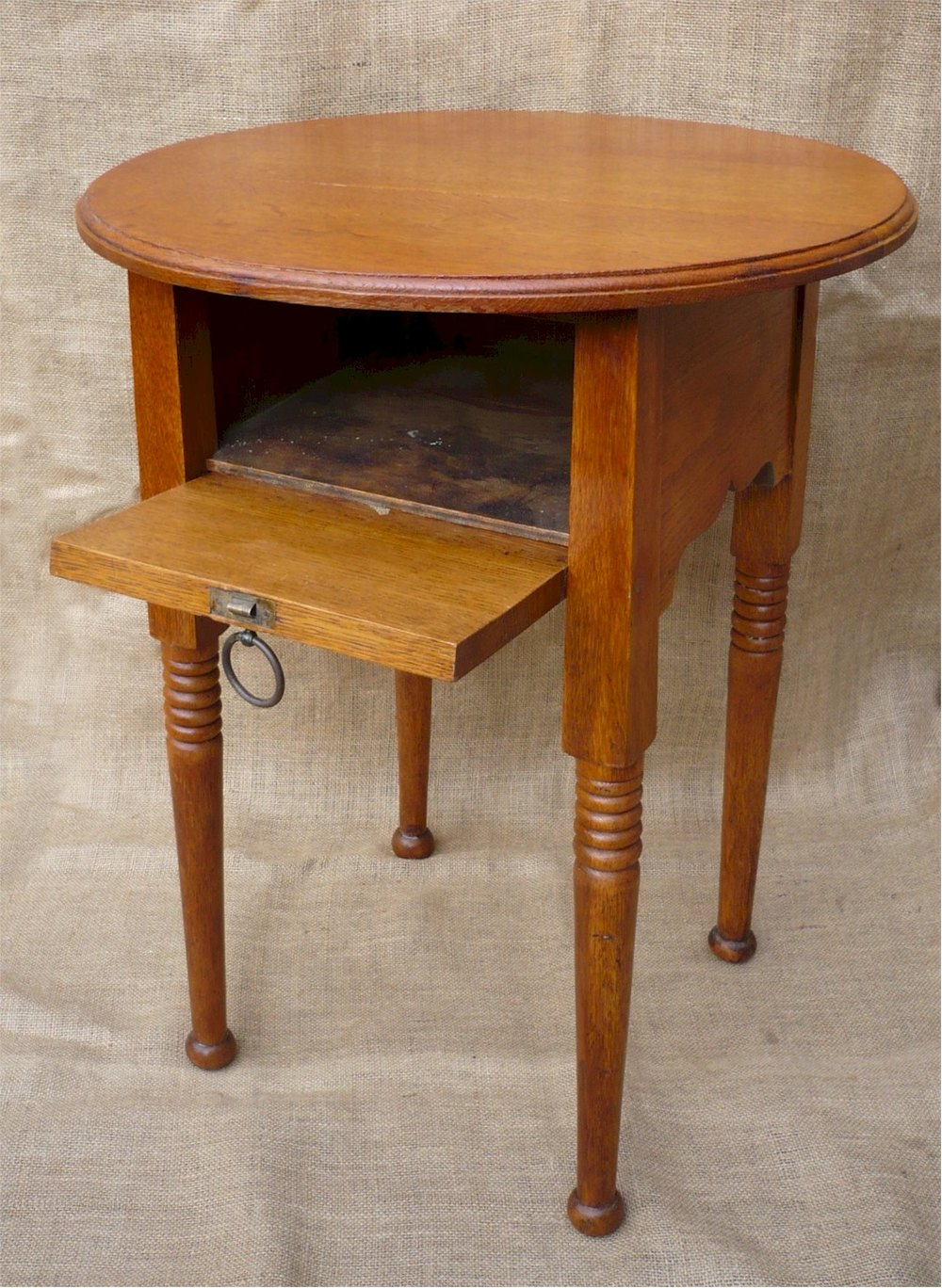Arts and crafts side table william birch antiques atlas for Arts and crafts side table