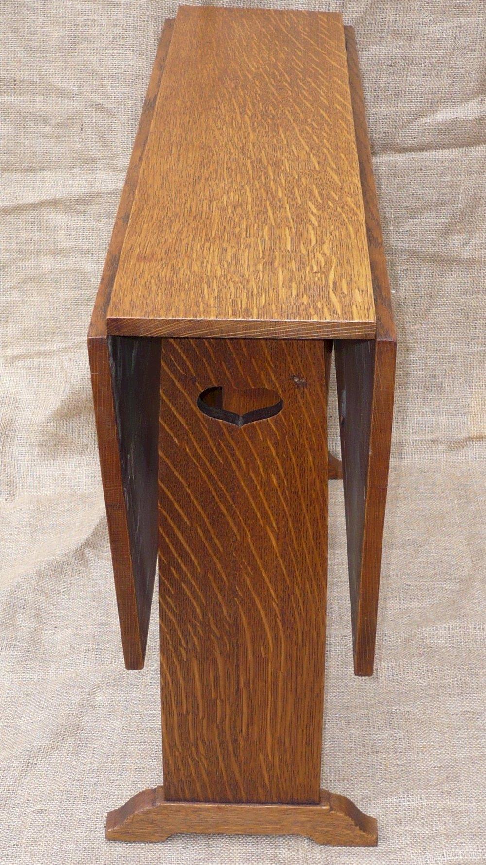 arts and crafts side table prob ambrose heal antiques atlas. Black Bedroom Furniture Sets. Home Design Ideas