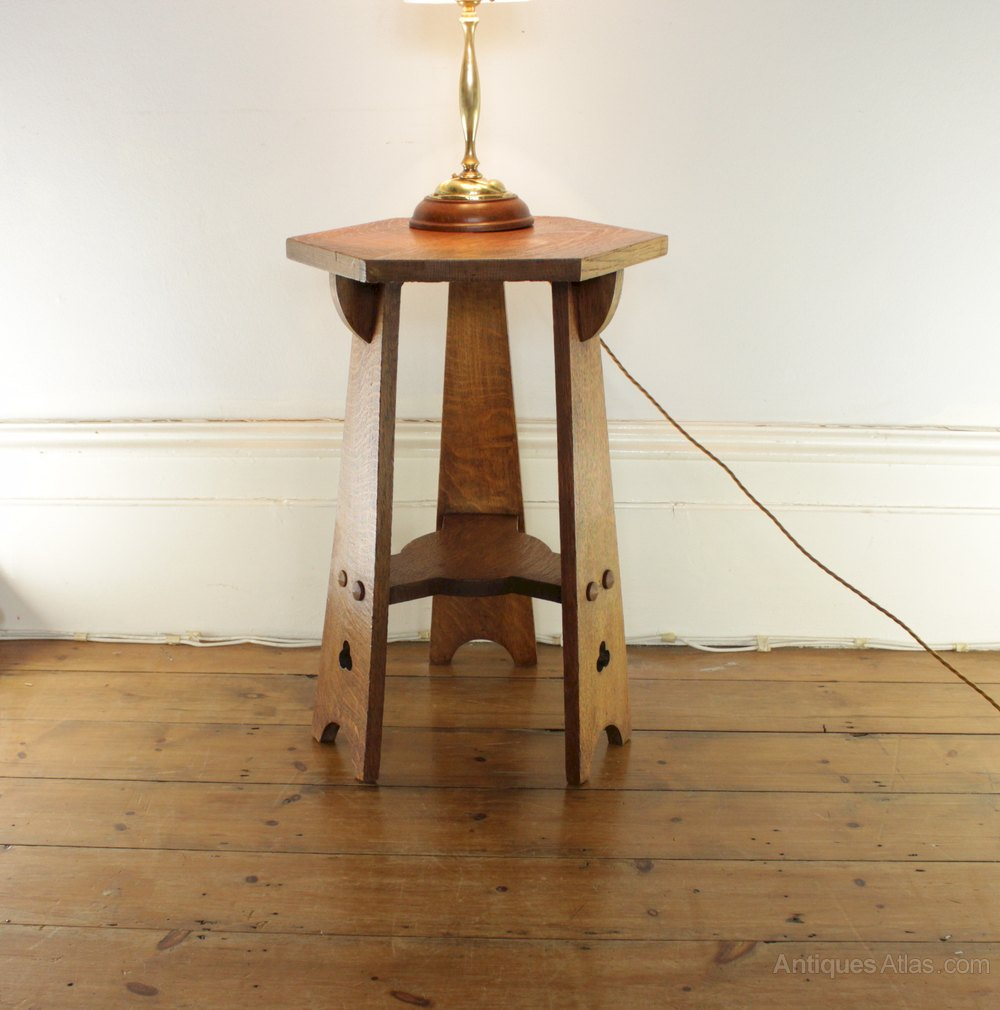 Classic arts and crafts oak occasional lamp table for Z oak lamp table
