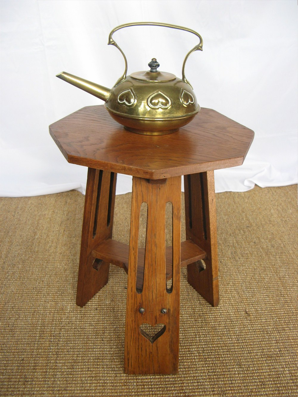 Classic arts and crafts small occasional table antiques for Small occasional tables