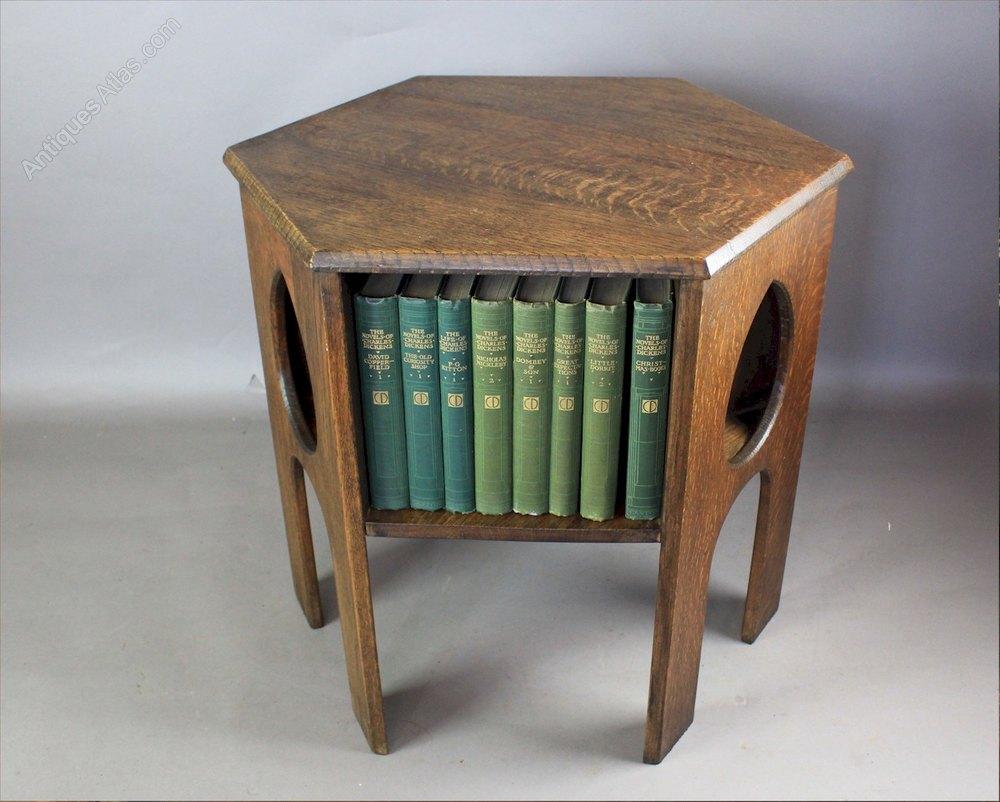 oak arts and crafts teardrop book table c1900 antiques atlas. Black Bedroom Furniture Sets. Home Design Ideas