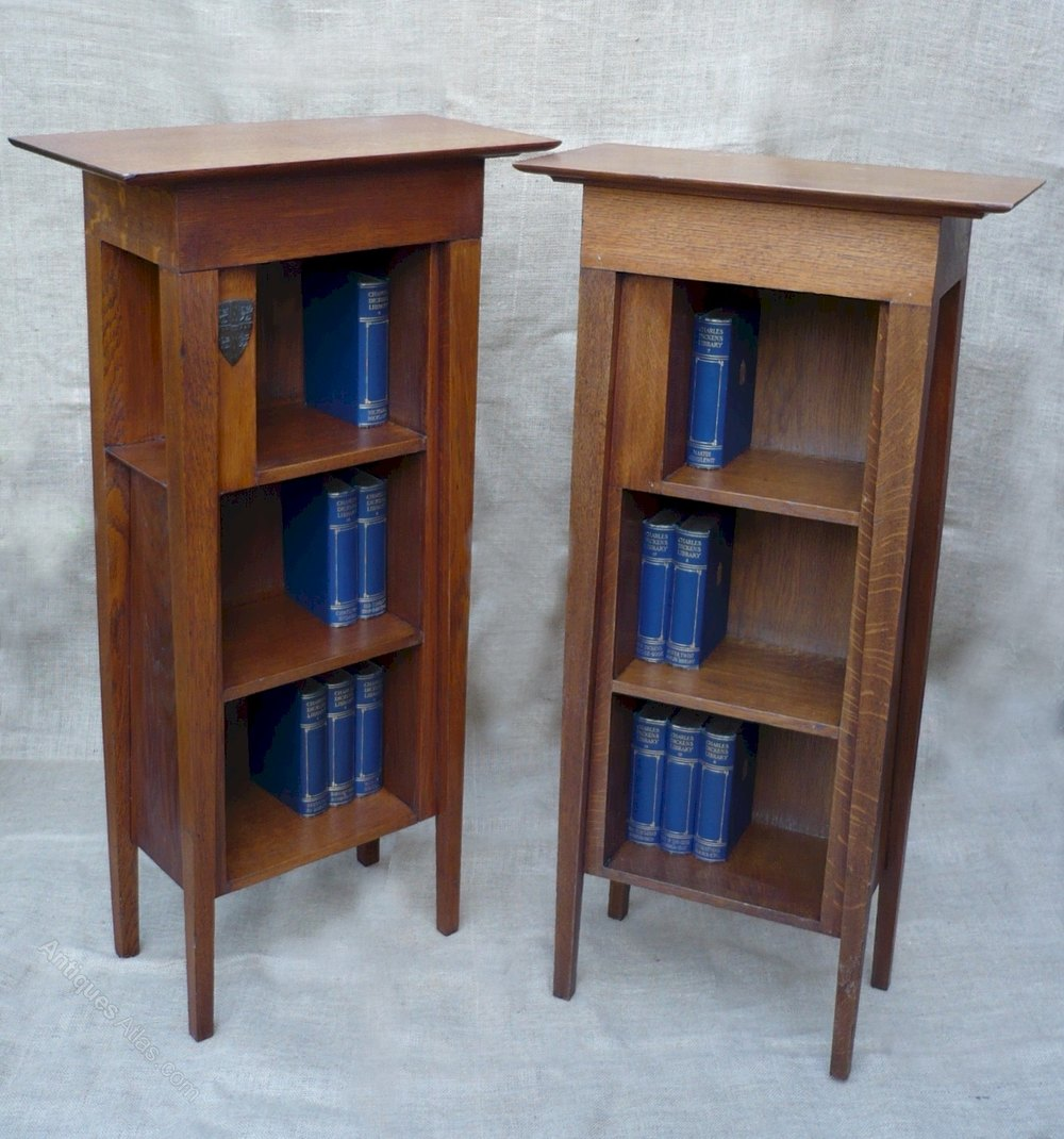 Pair of arts and crafts bookcases in golden oak antiques for Arts and crafts bookcase
