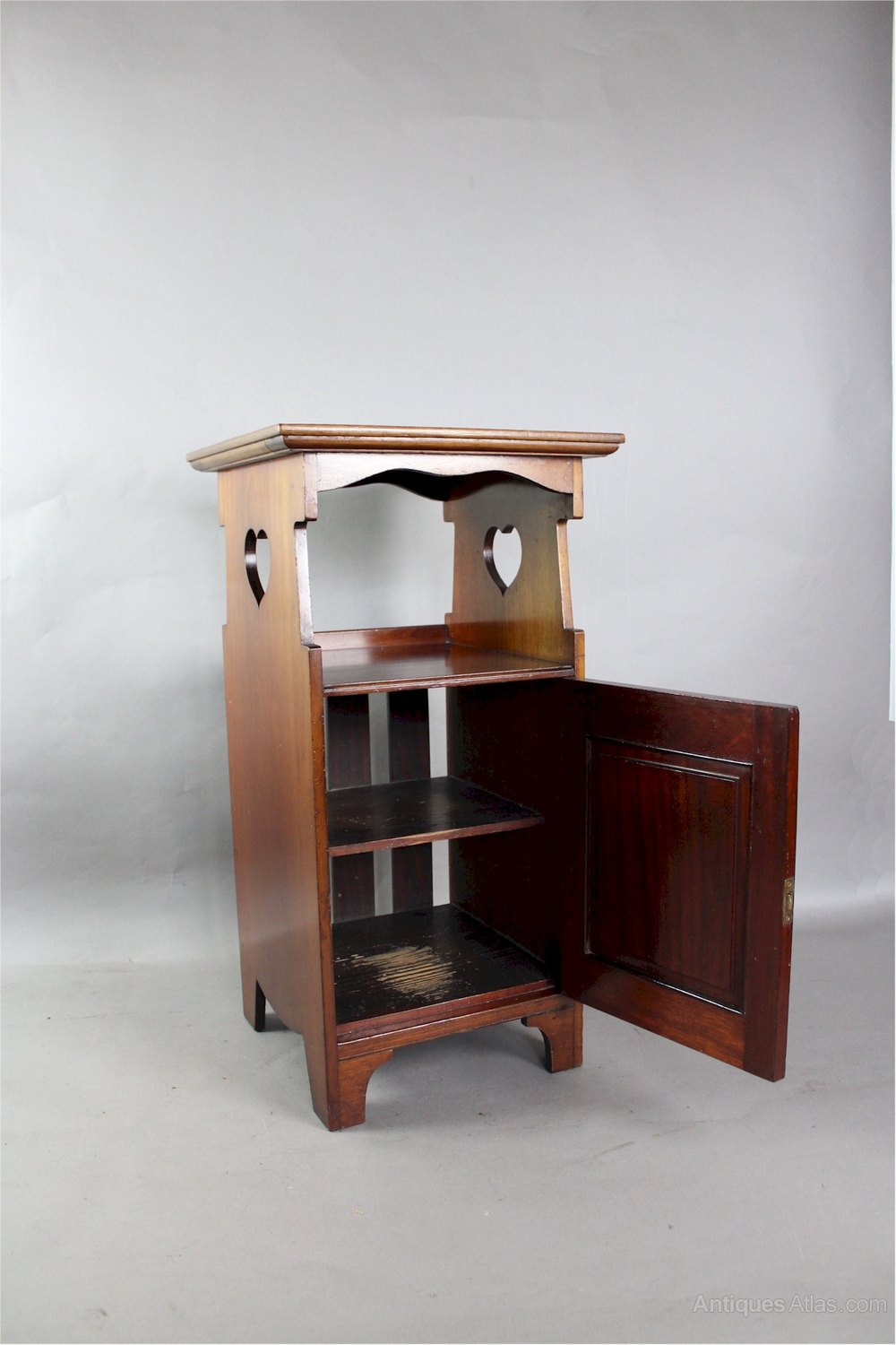 Shapland And Petter Arts Crafts Bedside Cabinet Antiques Atlas