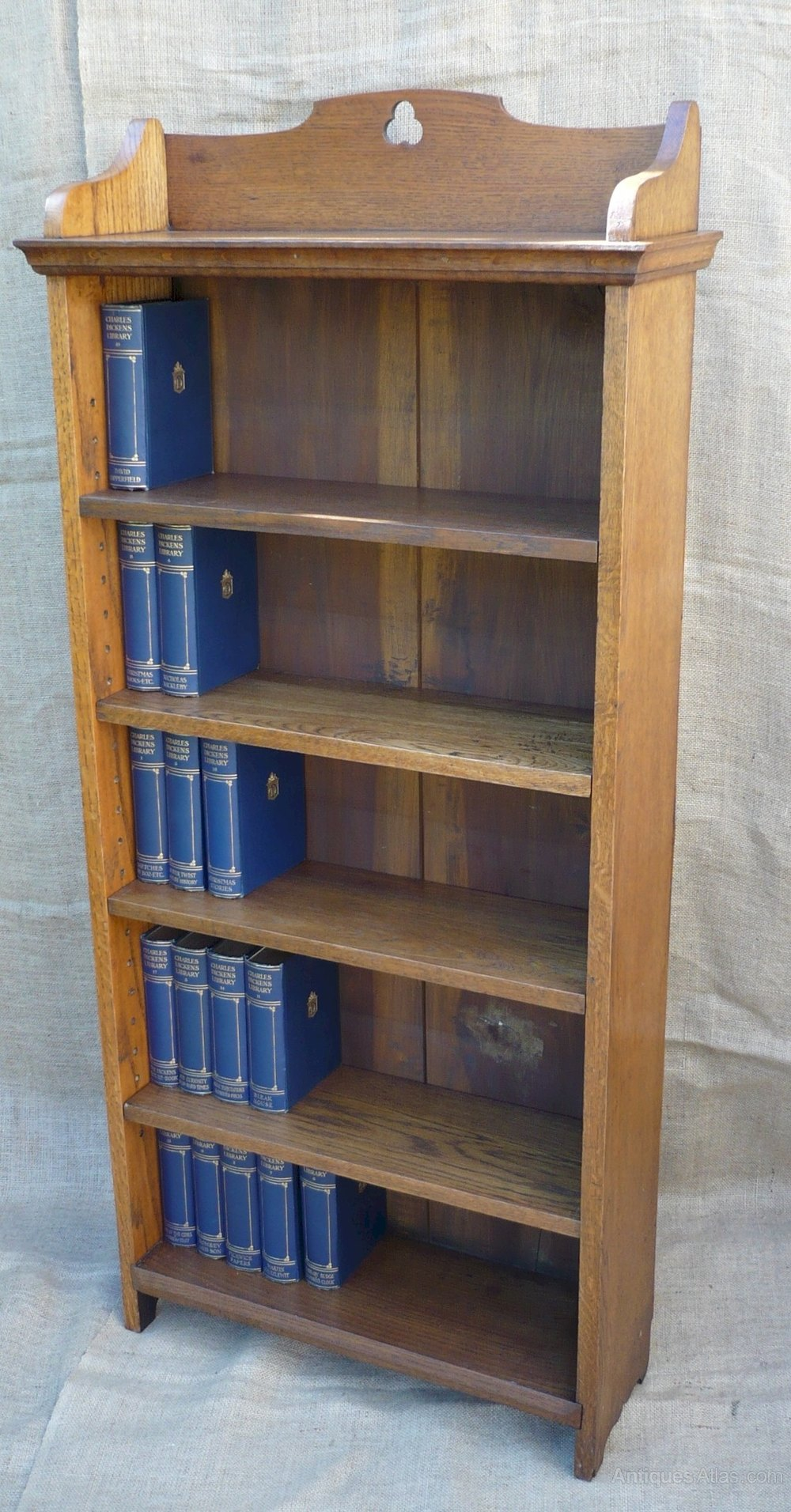 Tall narrow arts and crafts bookcase antiques atlas for Arts and crafts bookshelf
