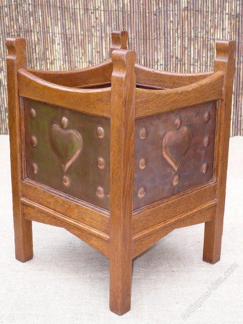 arts and crafts planter antiques atlas. Black Bedroom Furniture Sets. Home Design Ideas