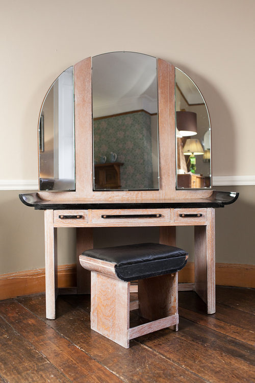 Antique Bed Stool: Art Deco Dressing Table & Stool.