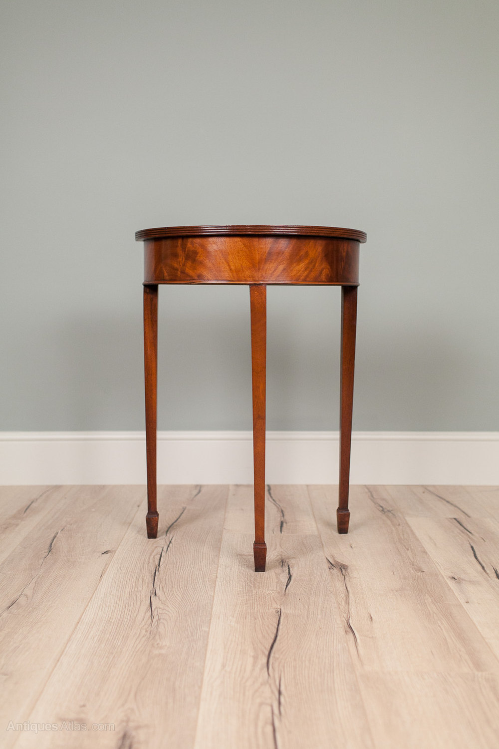 antiques atlas small half moon mahogany side table. Black Bedroom Furniture Sets. Home Design Ideas