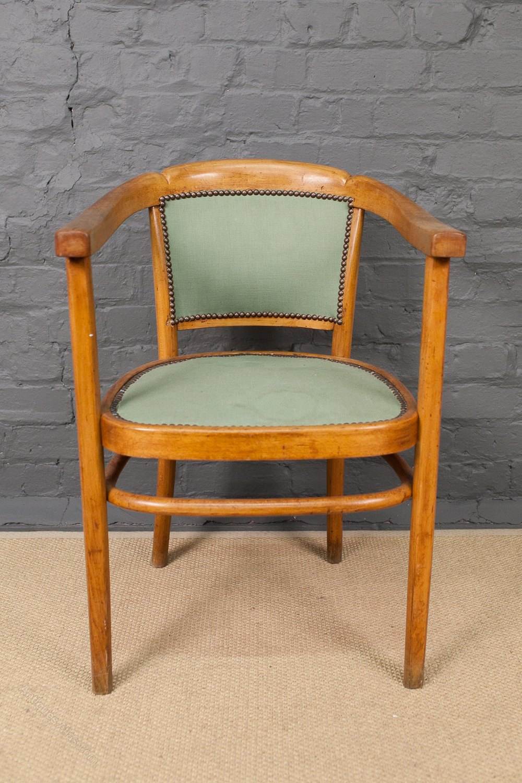 thonet bent beech armchair antiques atlas. Black Bedroom Furniture Sets. Home Design Ideas