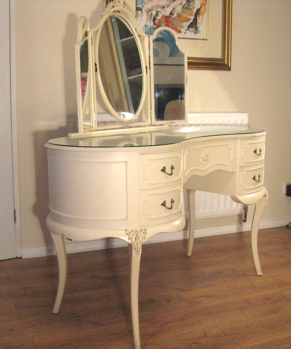 White Vanity Table With Drawers Quotes