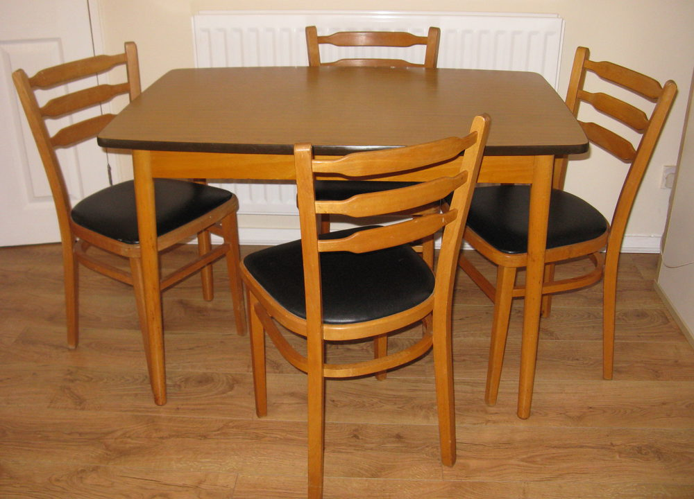 Antiques atlas retro formica table chairs set - Vintage formica kitchen table and chairs ...