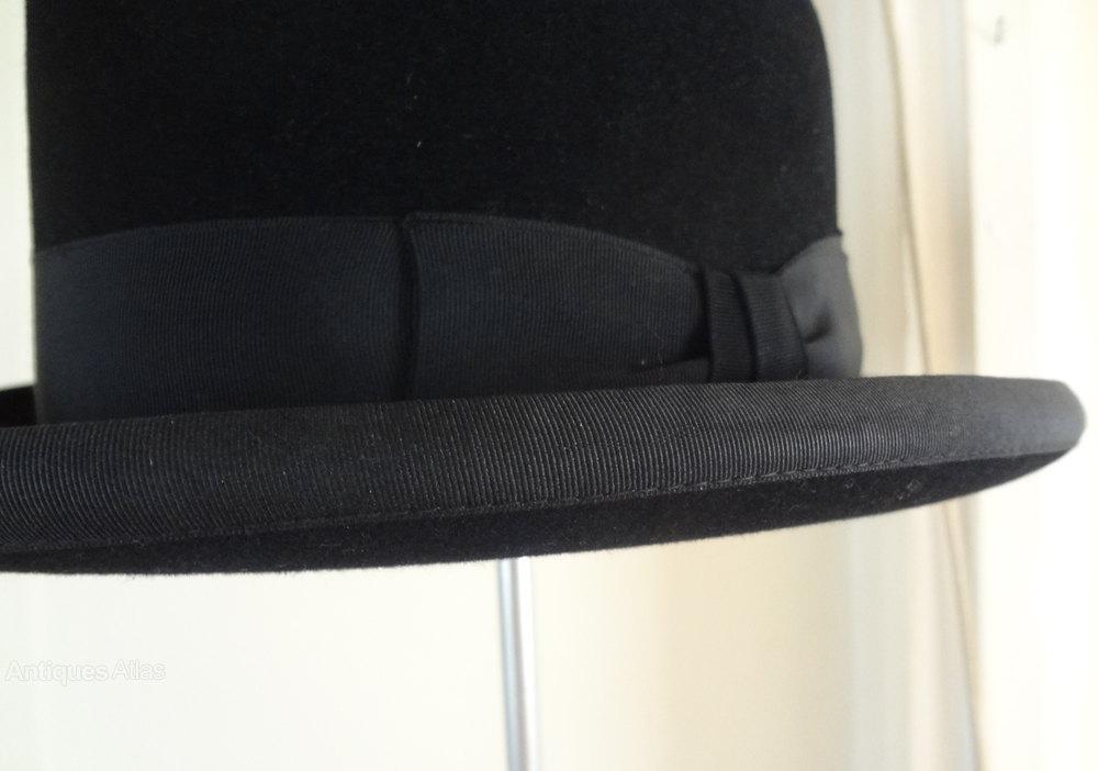 Vintage Hats And Bonnets 82