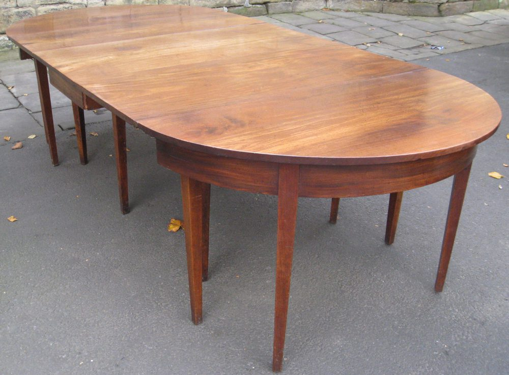 LARGE GEORGIAN MAHOGANY DINING TABLE Antiques Atlas : LARGEGEORGIANMAHOGANYDININGas136a142z 3 from www.antiques-atlas.com size 1000 x 737 jpeg 113kB