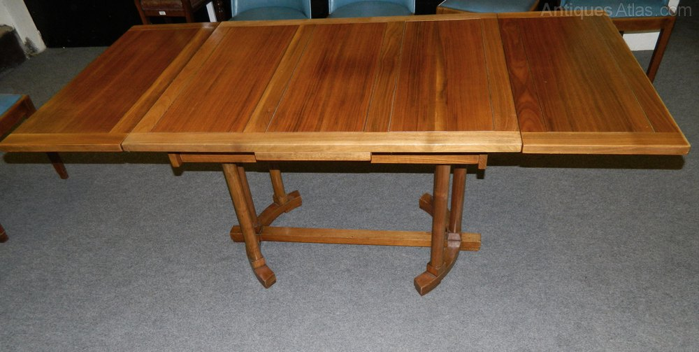 Art deco dining table antiques atlas for Unusual extending dining tables