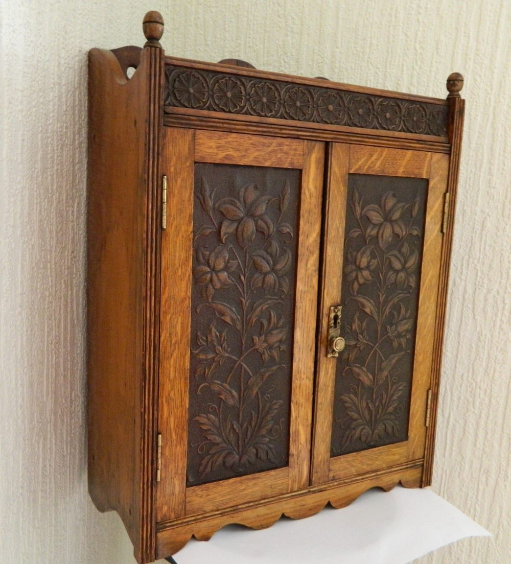 Arts Amp Crafts Oak Wall Cabinet Antiques Atlas