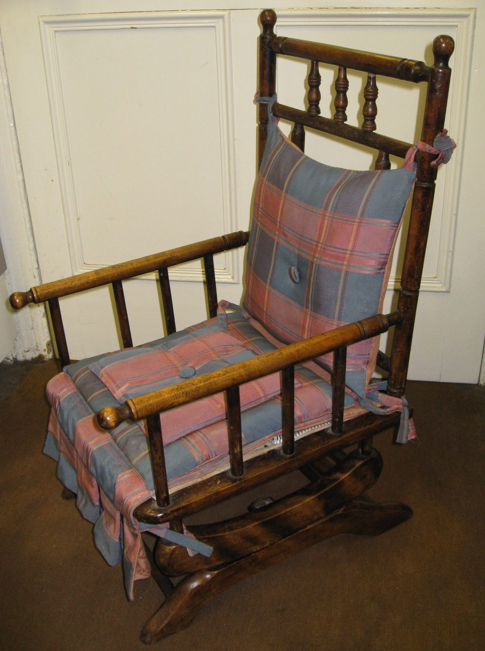 Childs American Rocking Chair Antiques Atlas