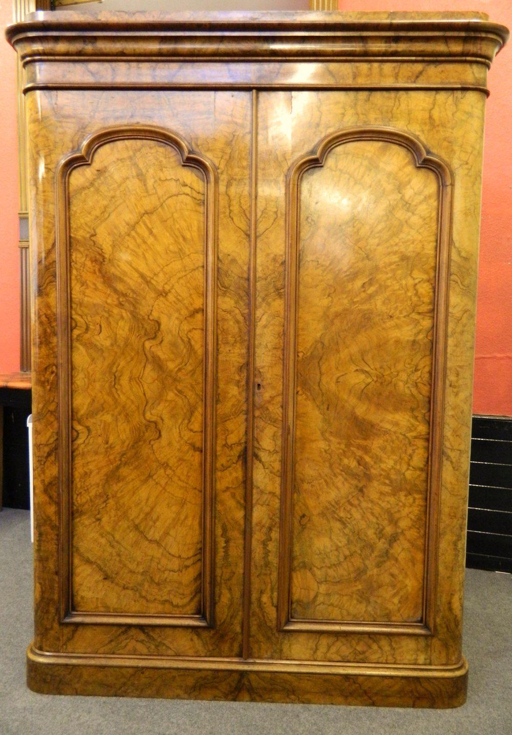 Large Victorian Walnut Wardrobe Antiques Atlas