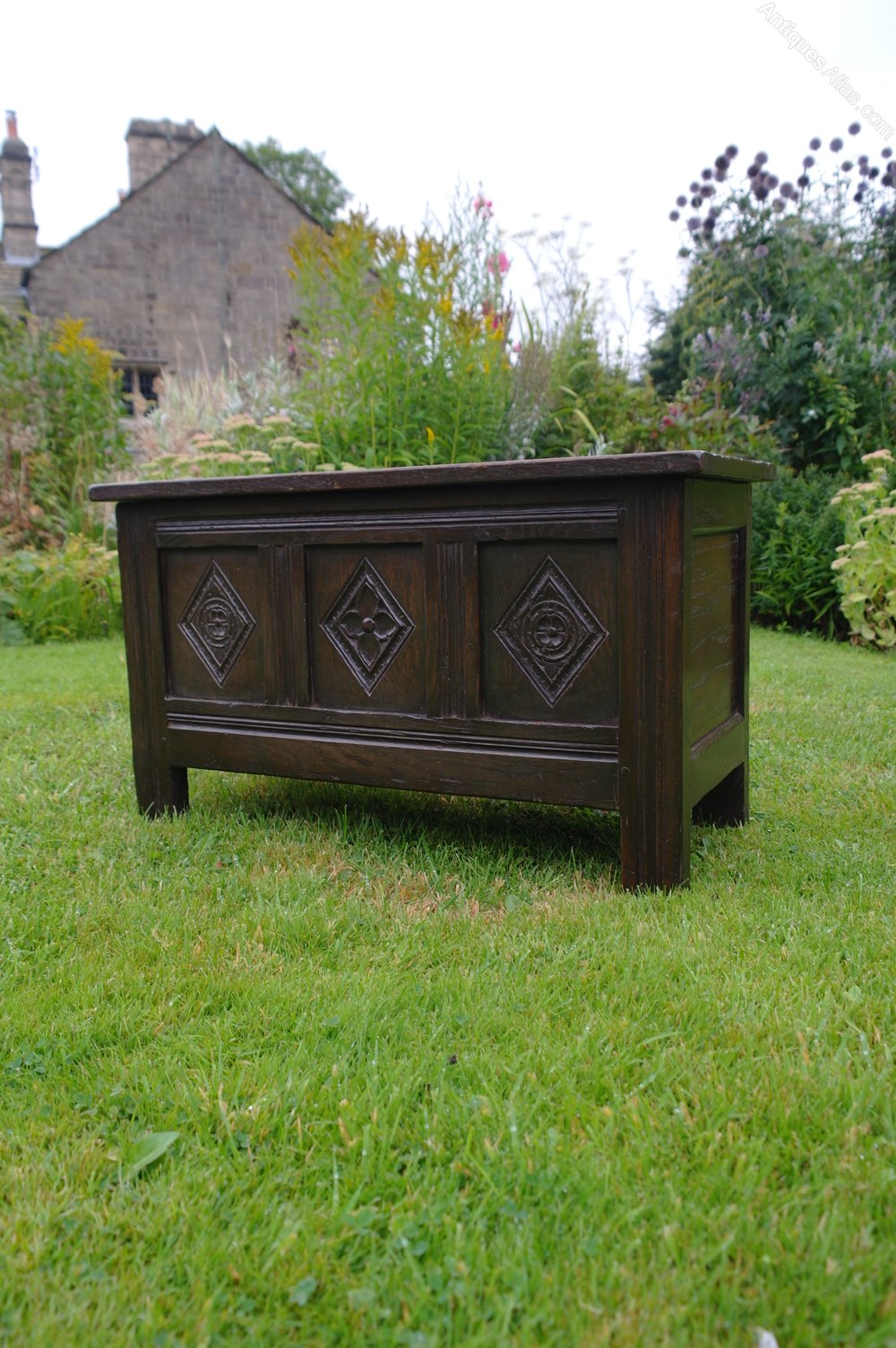 Miniature oak coffer antiques atlas for Furniture 30cm deep