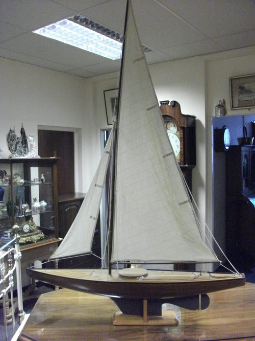 Antiques atlas reserved lyall model pond yacht for Pond dealers