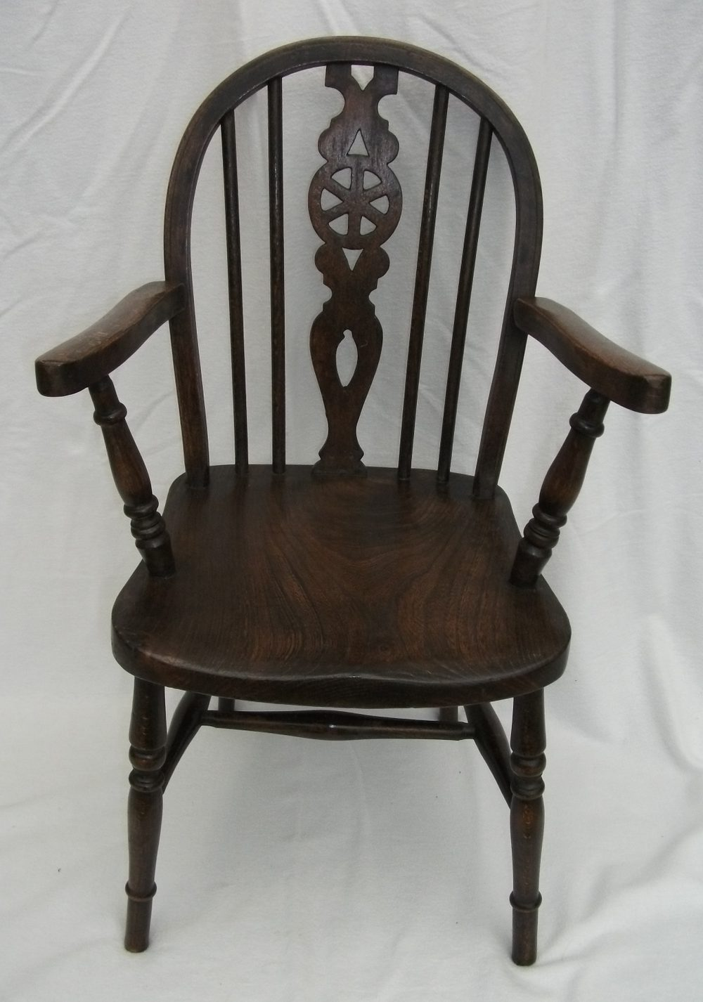 Antique childs windsor chair antiques atlas for Furniture high wycombe