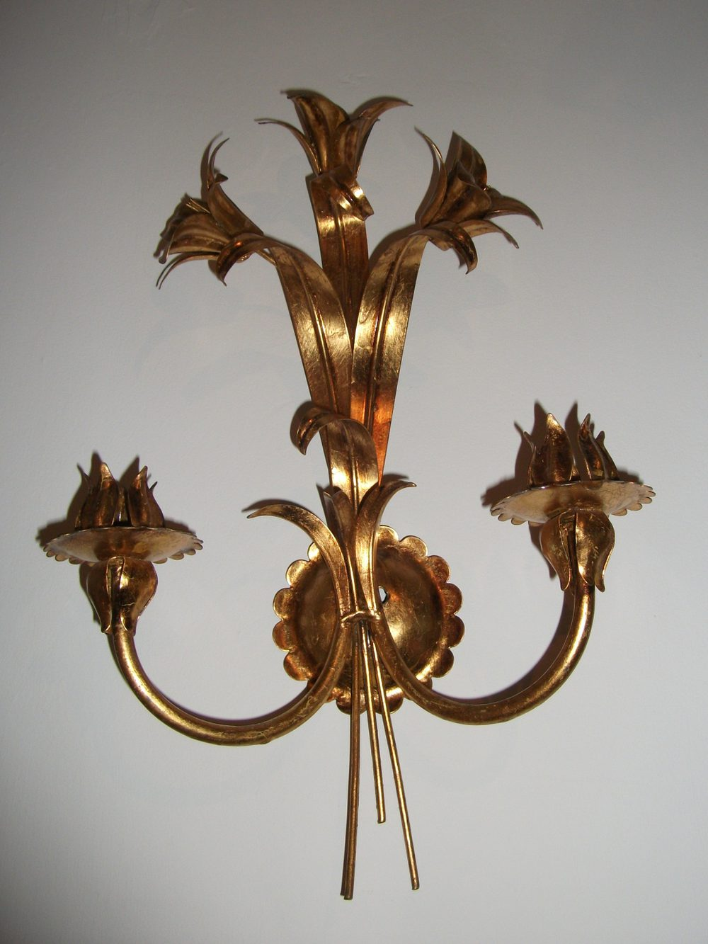 Decorative Antique Wall Sconces : Antiques Atlas - Gilt Metal Wall Light Sconce