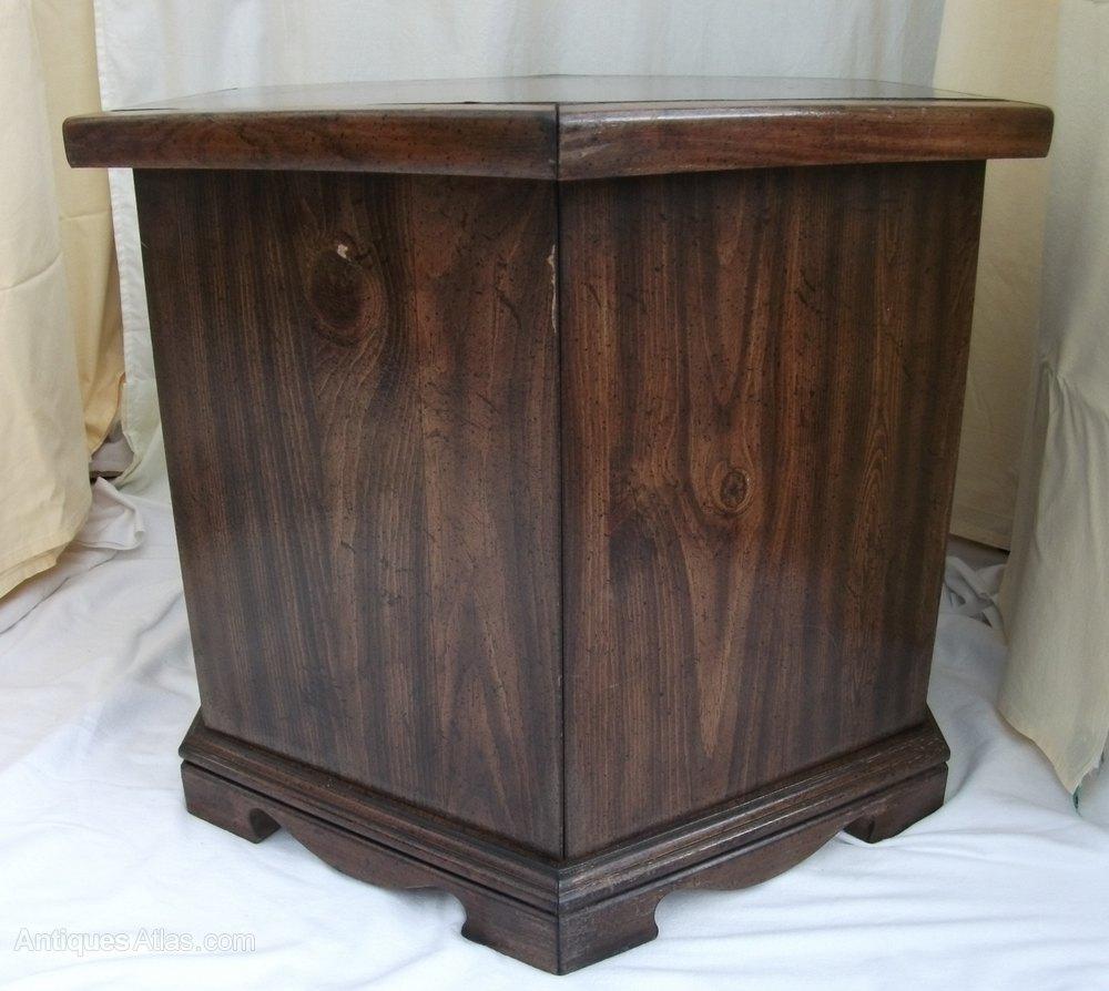 Vintage Coffee Table / Storage