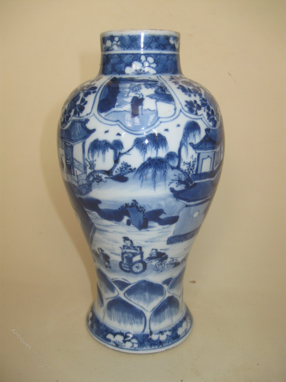 Ing Stock Price >> Antiques Atlas - Chinese Kangxi Period Blue & White Vase Circa 1700
